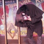 Dr. Odd Loosing his head at Knott's Scary Farm